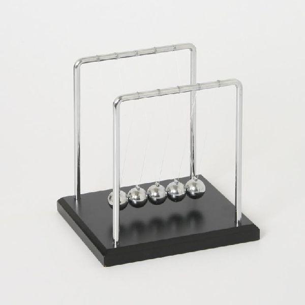 Sockel Kok 14 Cm :  mit schwarzen Sockel, Grooe ca 14 x 12 x 14 cm KugelPendel